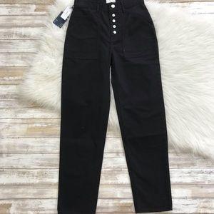 Aritzia Jeans - Wilfred Free NWT Black Belen Mom Fit Jean Pants